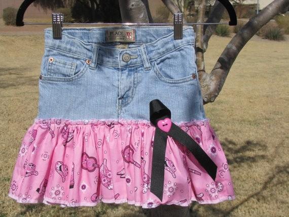 Фото как переделать джинсы в детскую юбку с оборками
