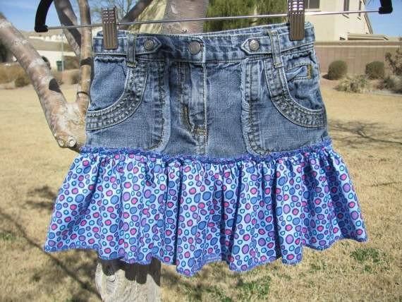 Фото как переделать джинсы в юбку с оборкой